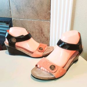 TAOS Carousel Wedge Patent Upper Leather Sandals